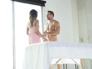Oiled Foreplay With Horny Slut Sophia Leone
