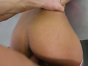 Cheerleader Cindy Starfall Fucks The Gym Teacher