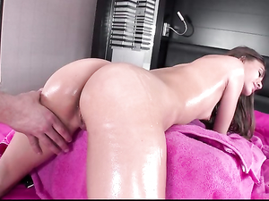 Masseuse Makes The Oiled Teen His Sexy Fuck Slut
