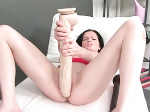 Cunt Stretching In Close Up With A Beautiful Slut