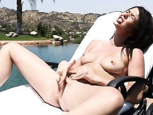 His Squirting Teen Girlfriend Cums Multiple Times